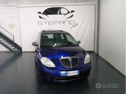 in vendita Audi 80