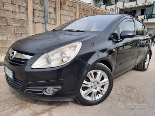 in vendita Renault Clio Sporter 1.5 dCi Duel 2019 Km 0