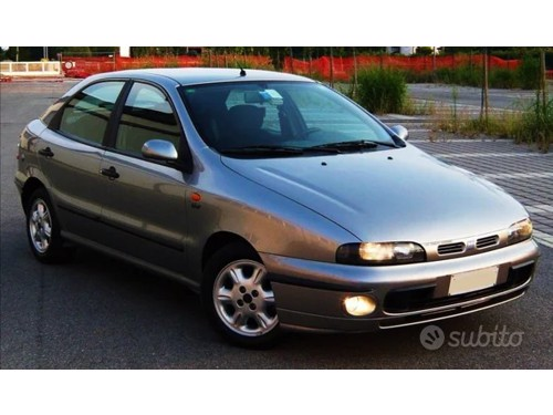 in vendita Land Rover Discovery Sport 2.0 TD4 150 CV Pure