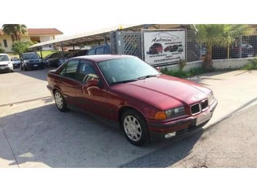 in vendita YARIS Benzina 5 porte neopatentati