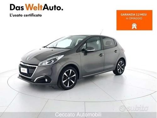 in vendita VW GOLF 6° 1.6 MANUALE 105cV RATE PERMUTE GARANZIA