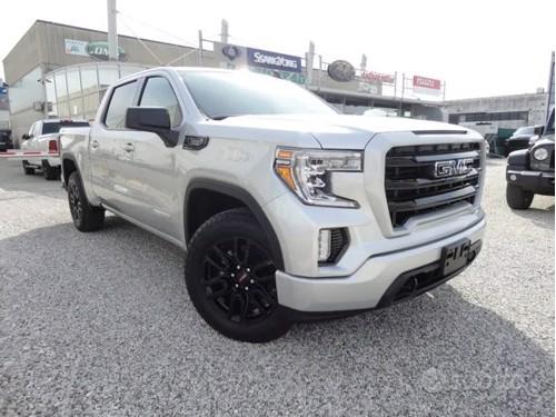 in vendita Volkswagen golf 7.5 1.6tdi 116cv r line dsg italia