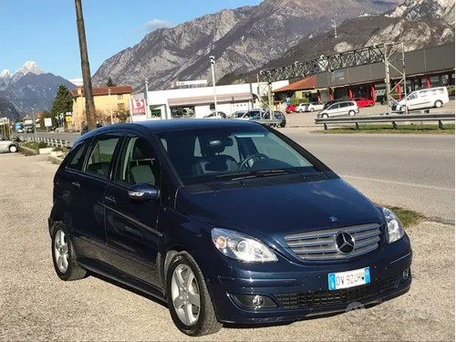 in vendita Kia Optima 1.7 crdi SW Business Class 141cv dct