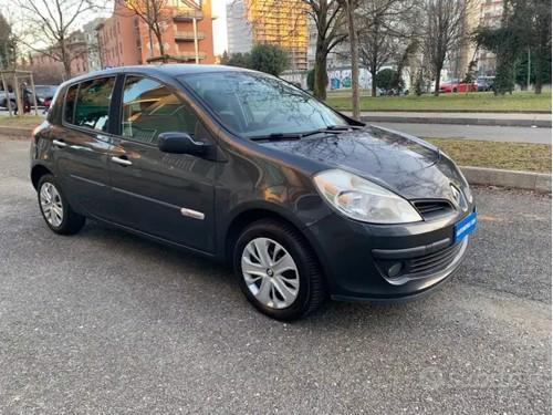 in vendita Lancia ypsilon 1.2 benzina 2011